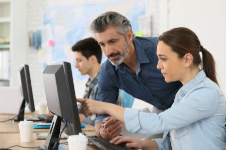 Ingyenes Számítógép-kezelői Tanfolyam
