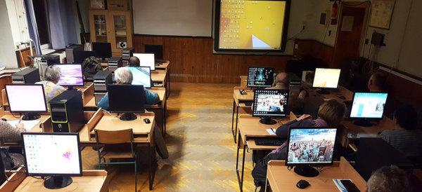 Céges kihelyezett nyelvi képzés Veszprém INSEDO