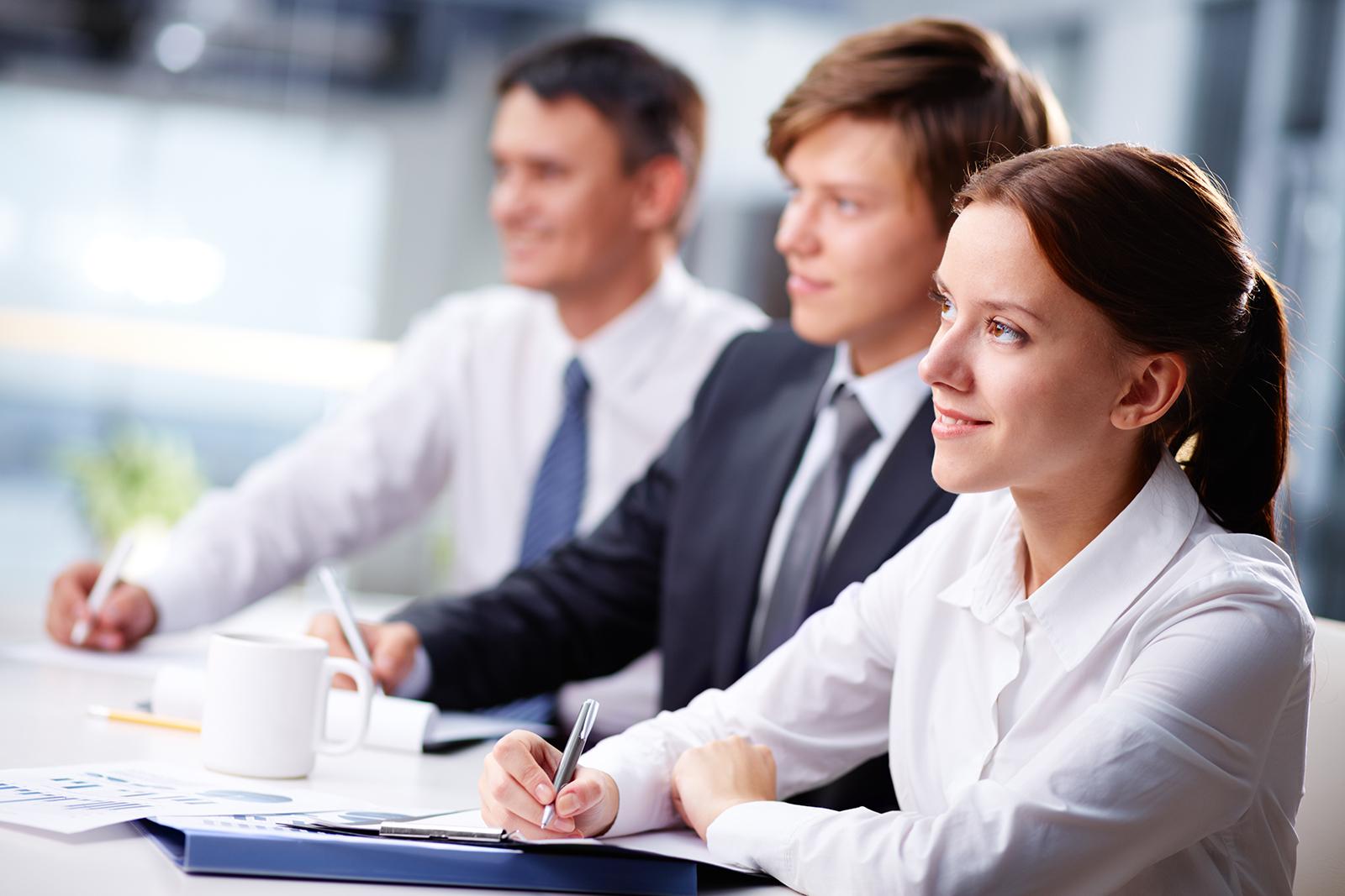 Munkahelyi képzések támogatása nagyvállalatok és KKV-k munkavállalói számára GINOP-6.1.5-17/ 6.1.6-17. és VEKOP-8.5.2-17/ 8.5.3-17
